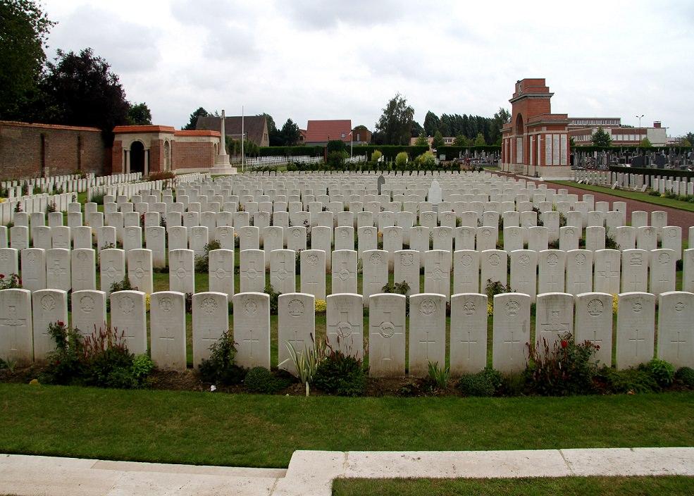 Hazebrouck Cemetery & War Memorial